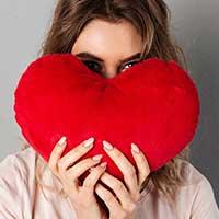 恋愛に悩む女性